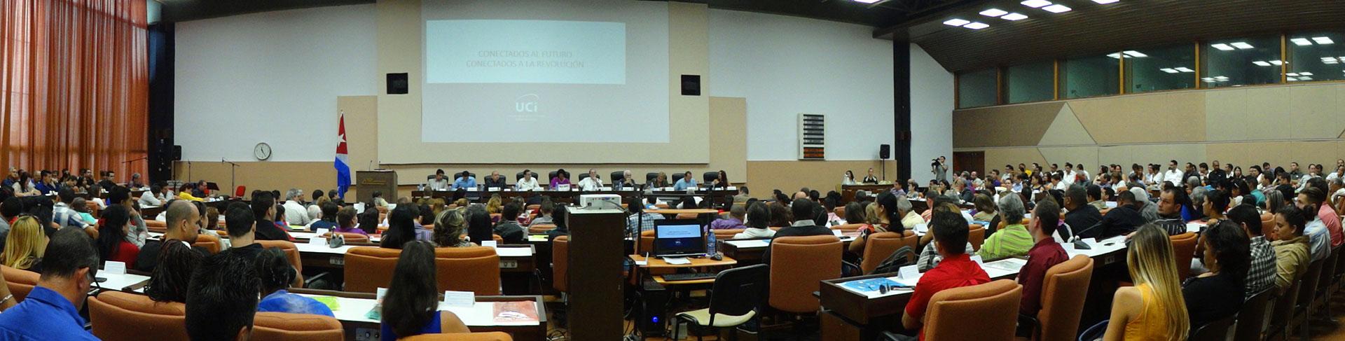 Claustro de profesores de la Universidad de las Ciencias Informáticas UCI