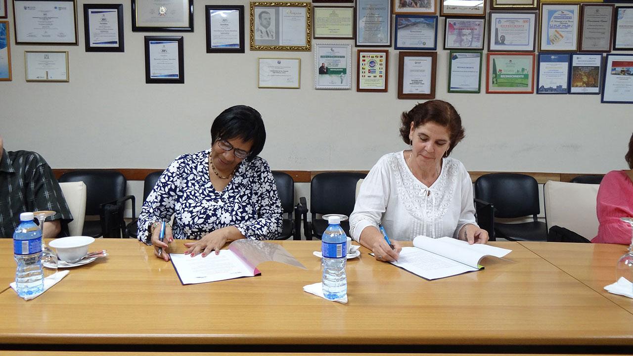 La UCI y el Instituto Central de Ciencias Pedagógicas (ICCP) establecen convenio de colaboración