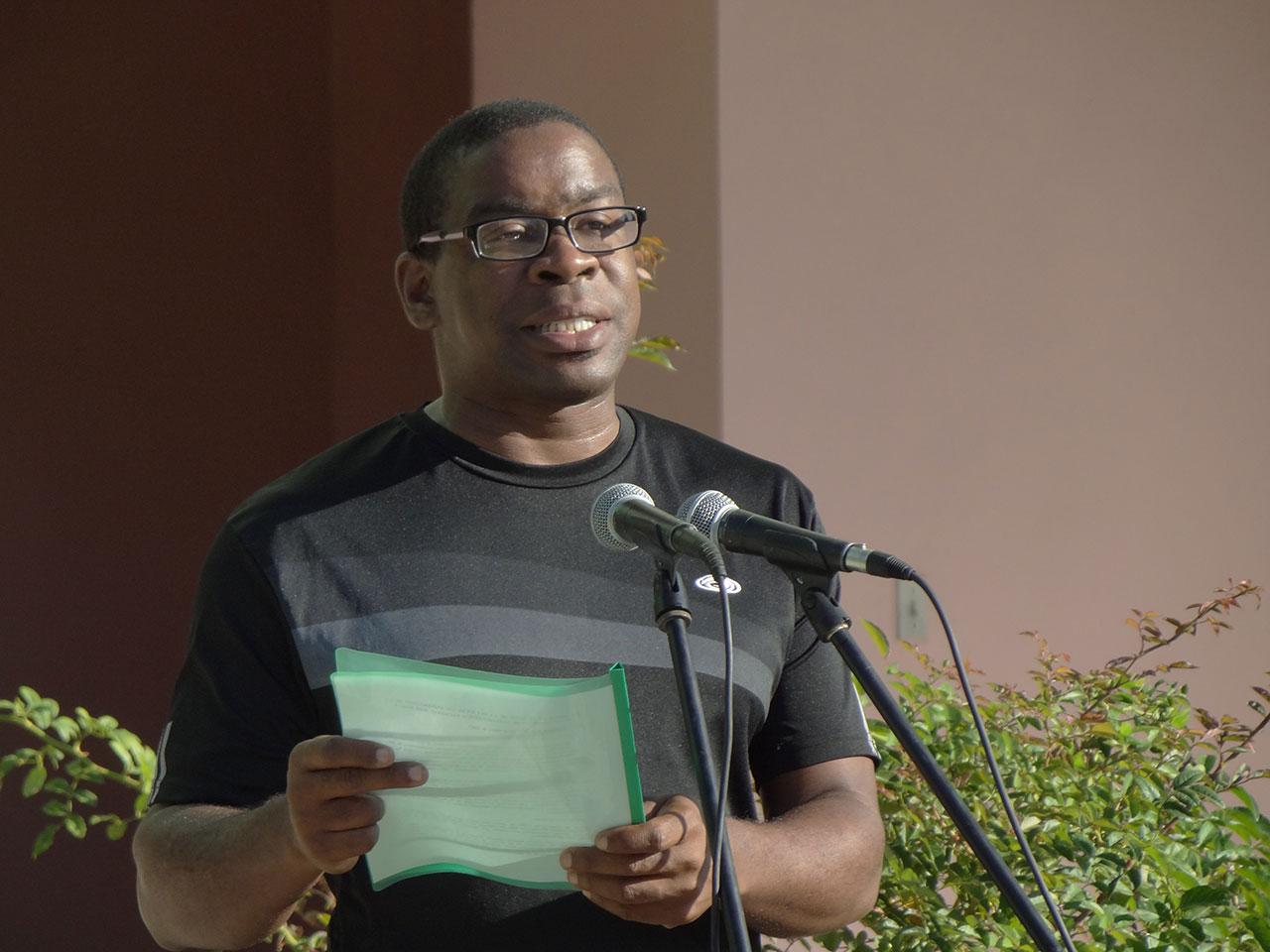 El MsC. Silvano Merced, vicerrector de Extensión Universitaria y Residencia, pronunció las palabras de clausura.