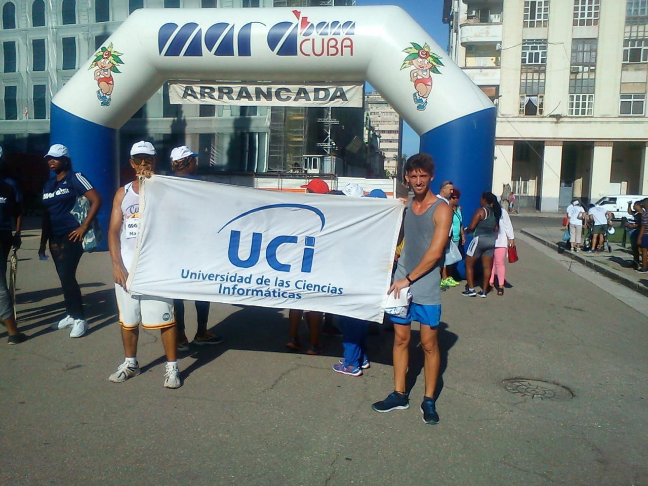 Premiados de la UCI en la Carrera-Caminata por el CDR efectuada el pasado fin de semana.