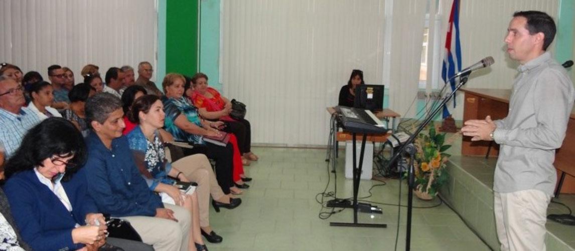 El Dr.C. Raidel Montesino ofreció las palabras centrales del evento