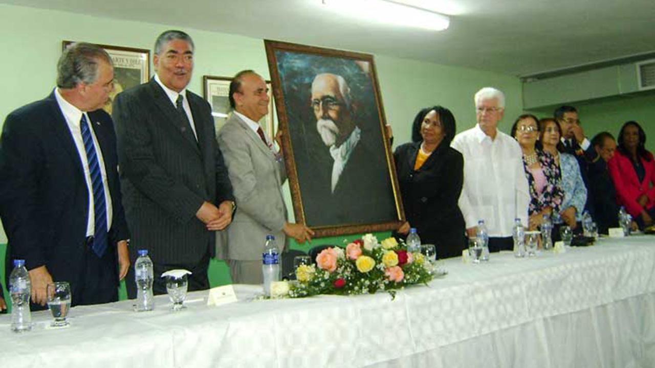 Inauguran Politécnico Máximo Gómez.