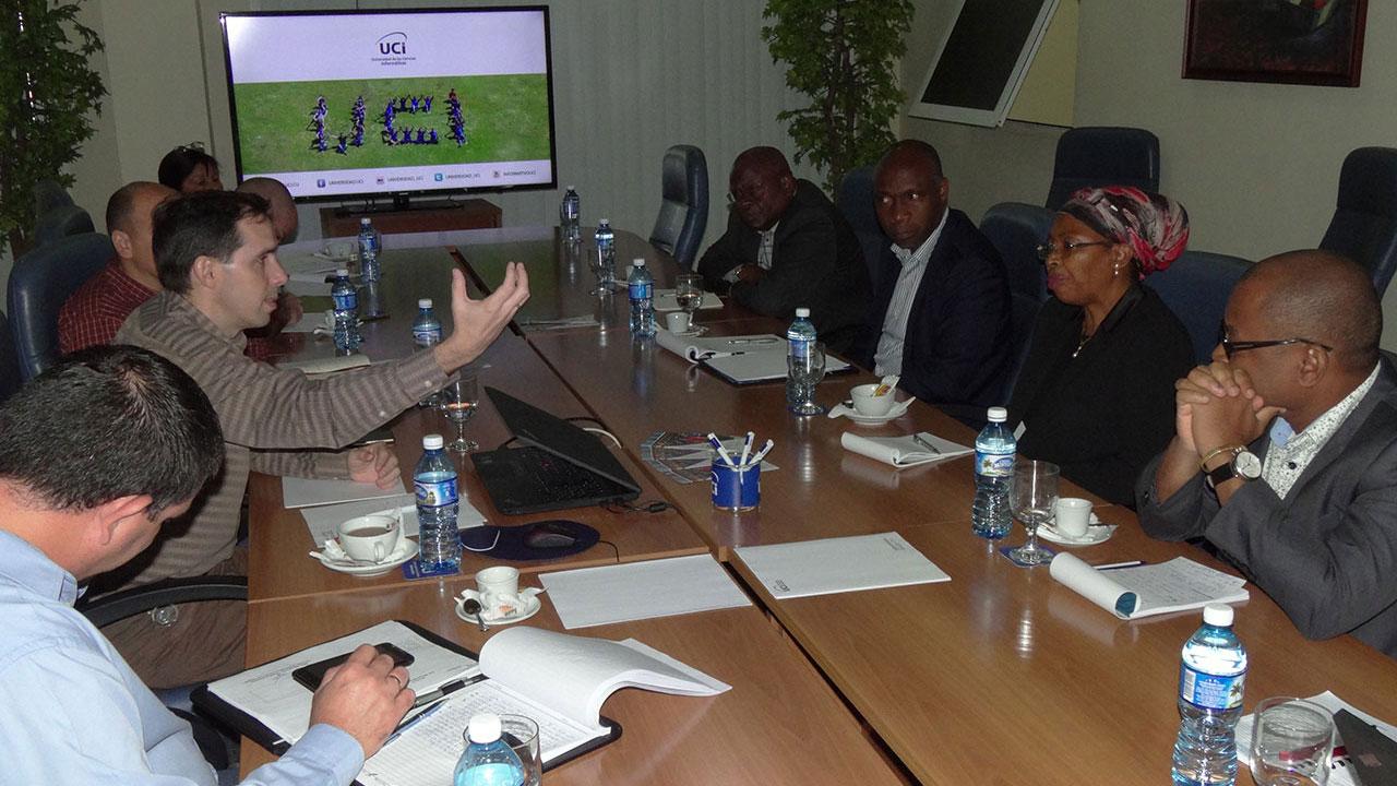 Intercambian directivos de la UCI con delegación del Ministerio de Ciencia, Tecnología, Innovación y Educación Superior de Mozambique