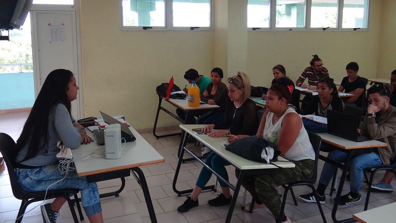 Congreso de la FEU en las brigadas de la Facultad 2