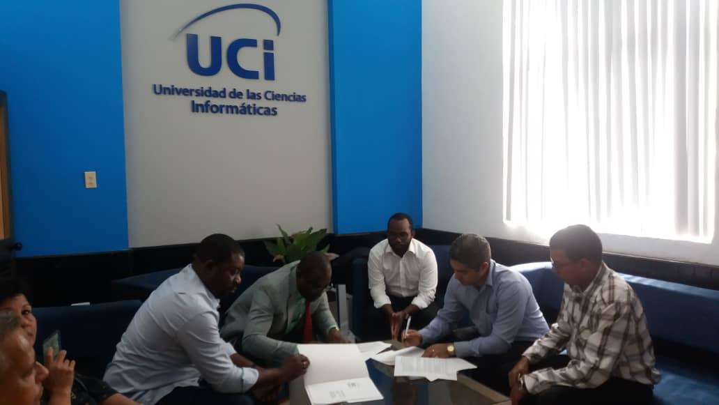 Directivos de la UCI y del Ministerio de Hacienda, Economía y Planificación de Guinea Ecuatorial firmaron una carta de intención
