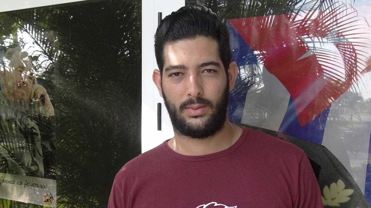 Lester Collado Rolo, secretario del Buró Sindical en la UCI.
