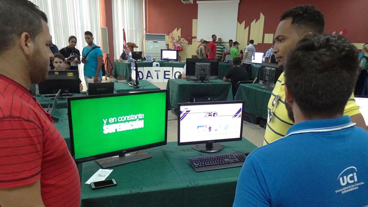 Feria de productos y servicios de la UCI en II Jornada Científica del Ingeniero en Ciencias Informáticas (JICI)