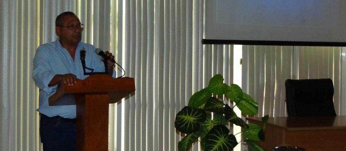 Conferencia sobre el Plan de Estudios E como parte de la VI Jornada Científico-Metodológica.