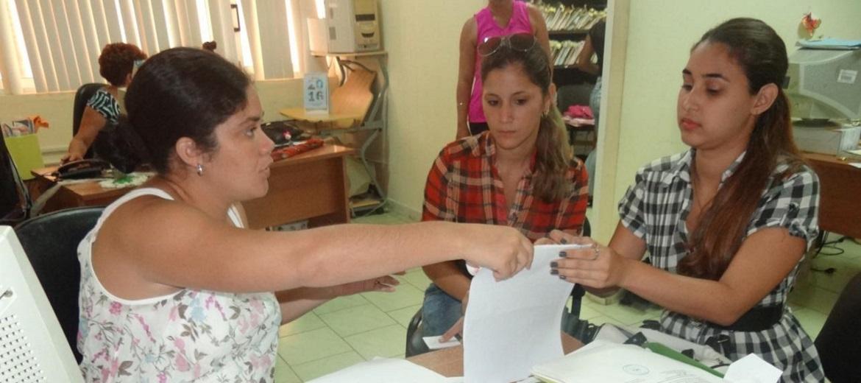 En este tercer día del curso escolar, los adiestrados ubicados en la UCI efectuaron el registro de los documentos oficiales