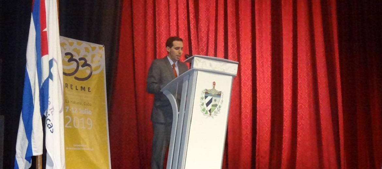 """El vicerrector primero de la UCI, Dr.C. Raydel Montesino Perura, organizador ejecutivo general de Relme 33, expresó en la clausura """"Sigamos fomentando por siempre la integración latinoamericana""""."""