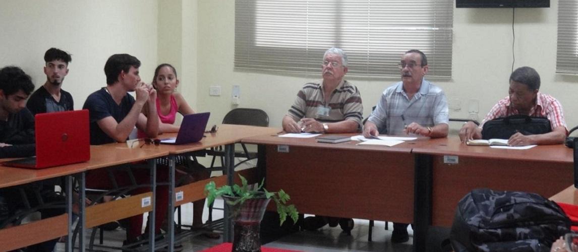 Sesionan comisiones del XV Taller de Trabajo Político e Ideológico.