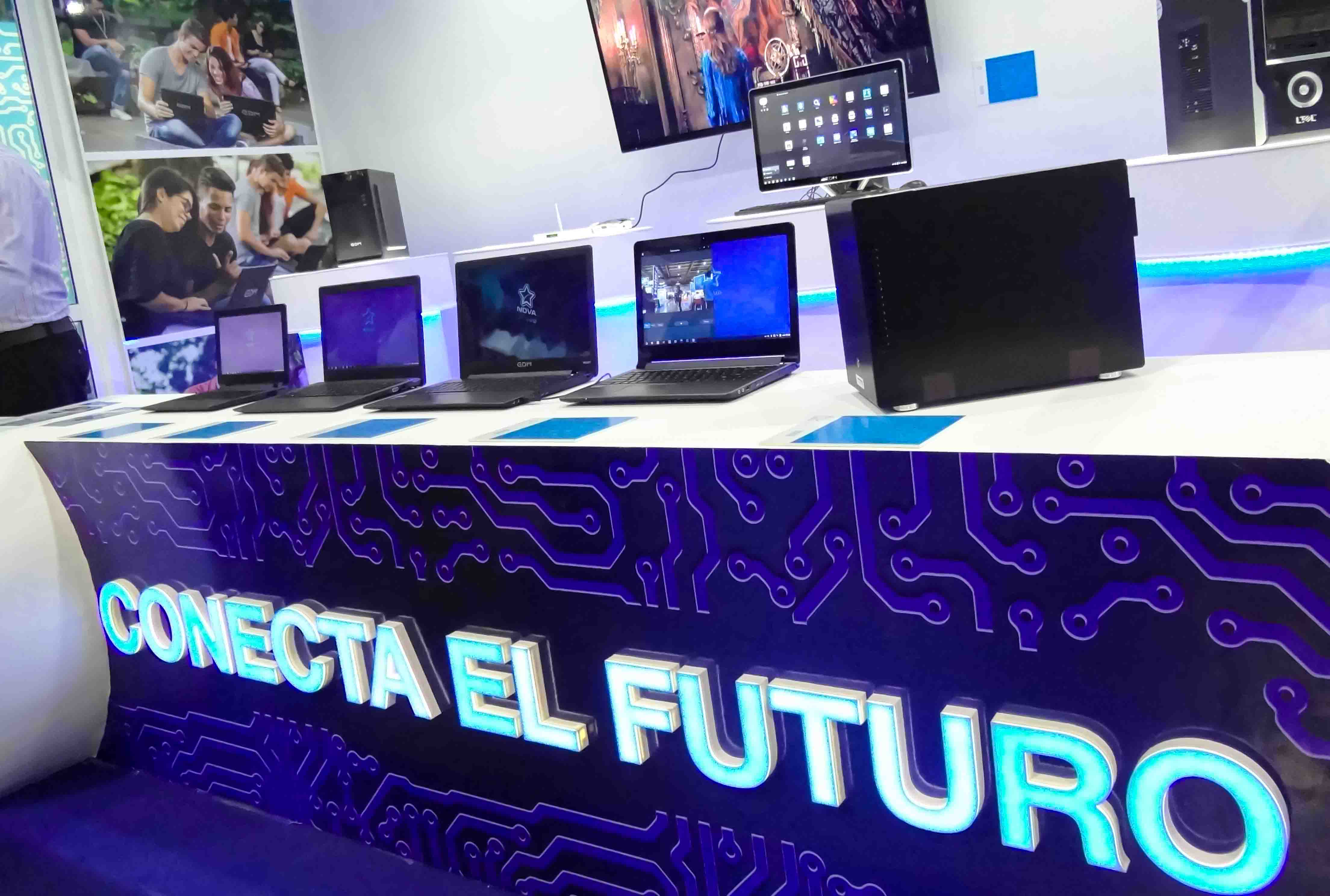 Computadores ensambladas en Cuba con NOVA, la Distribución cubana de GNU/LINUX