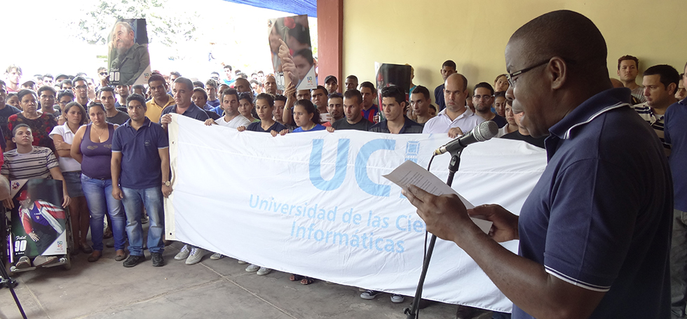 Carta enviada por profesores de la UCI que cumplen misión en Luanda