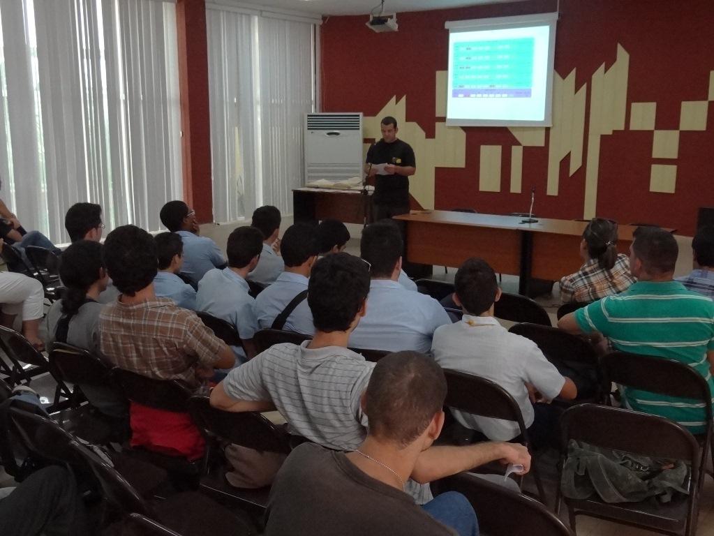 En la jornada de este sábado se realizó en nuestra Universidad la novena edición de la Copa UCI de Programación Tomás López Jiménez