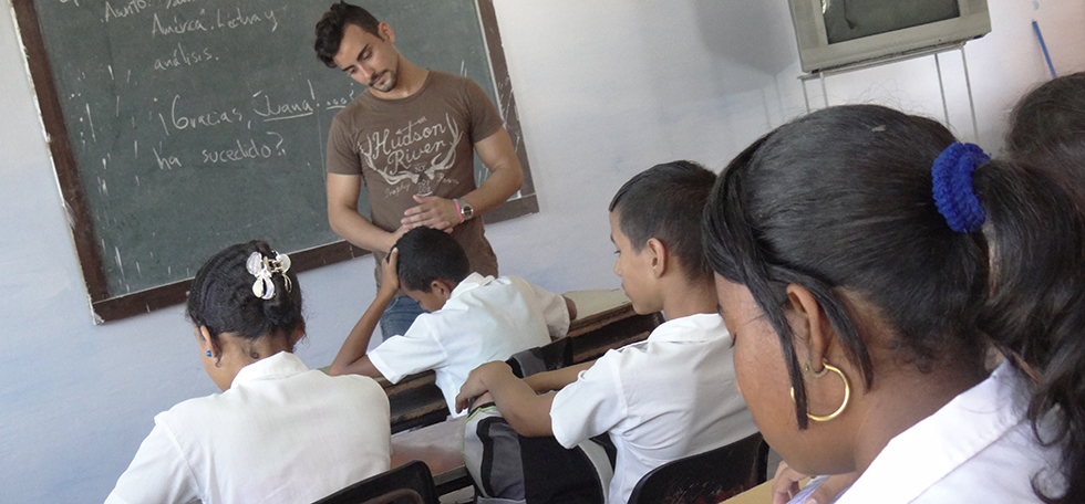Educadores cubanos: defensores de la obra eterna de Fidel