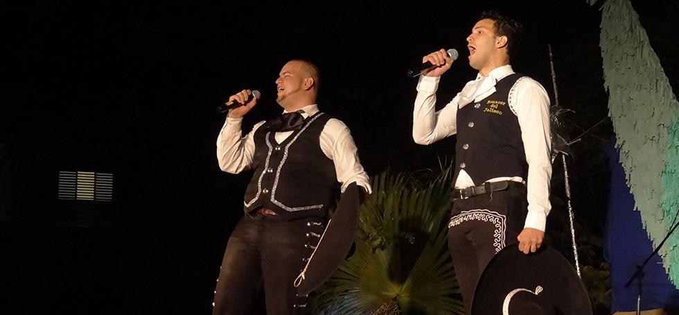 Por primera vez dúo aficionado de mariachis nos representará a nivel nacional