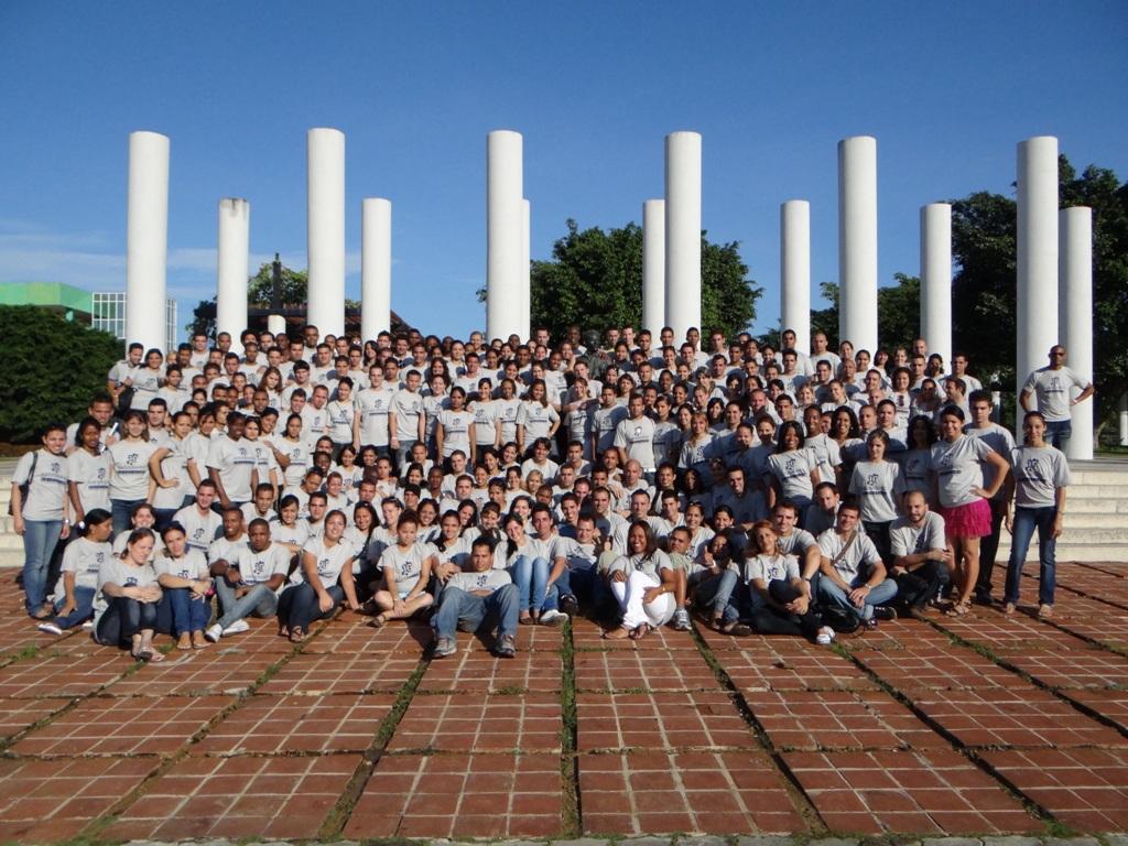 Los nuevos ingenieros de la Facultad 6 se comprometieron a ser mejores hombres y seres humanos al servicio de la sociedad.