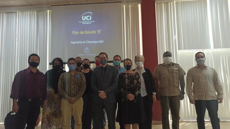 Presentan en la Universidad nueva carrera de Ingeniería en Ciberseguridad.