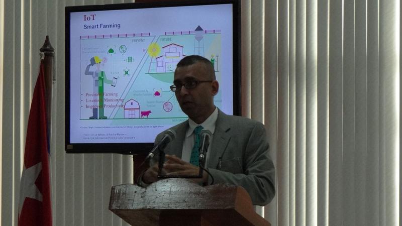 Sanjay Goel, director de investigaciones del Centro de Seguridad e Informática Forense de la Universidad de Albany, Nueva York