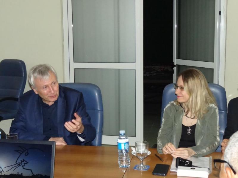 Los catedráticos rusos relataron sus experiencias en temáticas relacionadas con la inteligencia artificial y el aprendizaje automático.