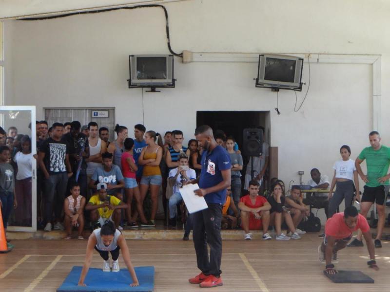 Movimiento deportivo de FITT UCI.