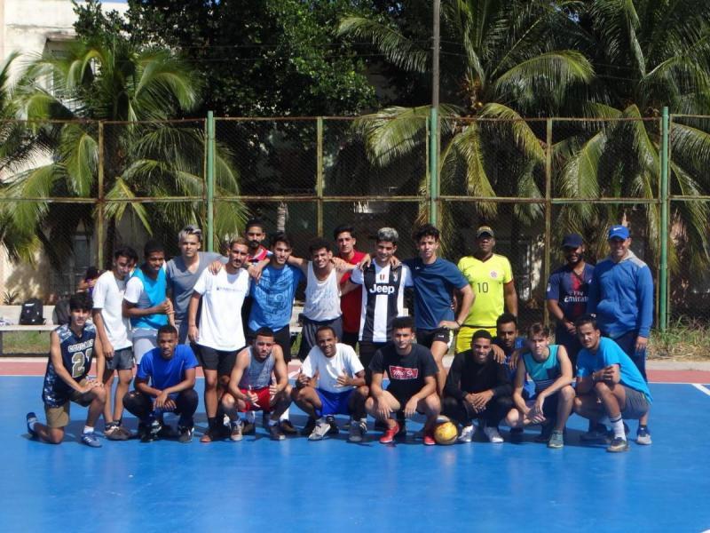Festeja la comunidad universitaria el Día Internacional del Deporte Universitario.