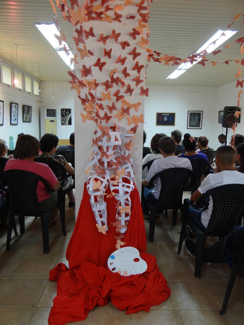 Actividades de artes plásticas y literatura en la Jornada de la Cultura Cubana en la UCI.