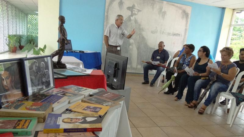 Professors commented on the experiences of the students who visited the house of Simon Bolivar.