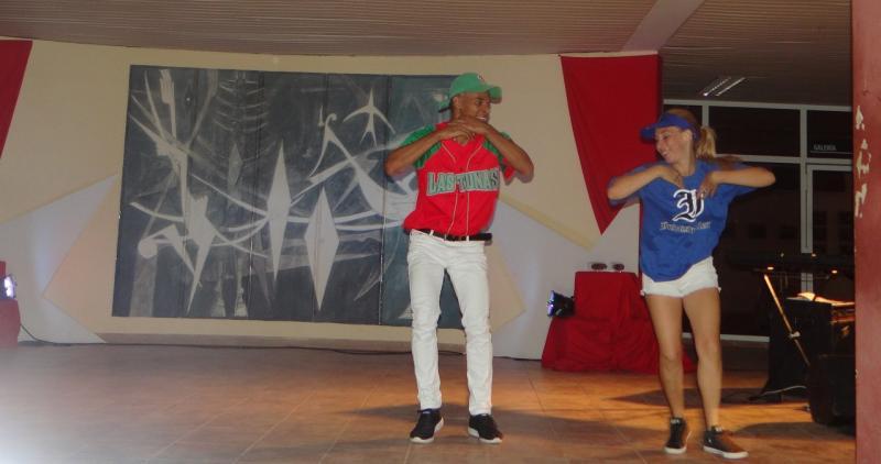 Claudia Fernández Peña y José Luis Guisao Jorge se alzaron con los premios a Mejor Bailarina y Mejor Bailarín.