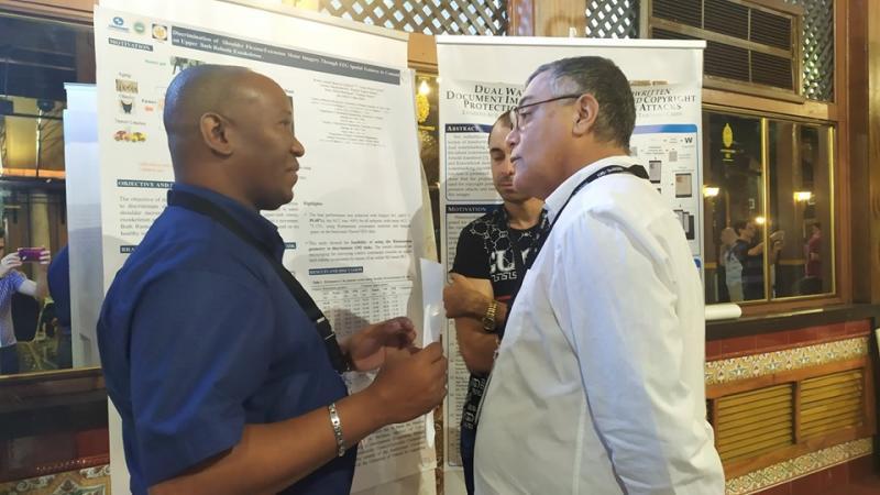 En la tercera jornada del evento se analizaron los resultados de investigaciones durante la sesión de presentaciones cortas (póster científico).