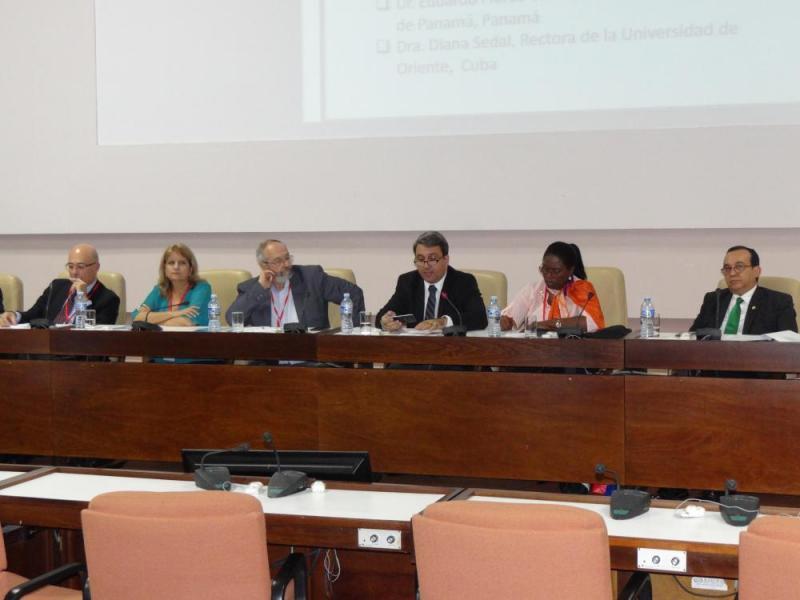 La exposición del Dr.C. Walter Baluja García fue muy bien recibida por el auditorio.