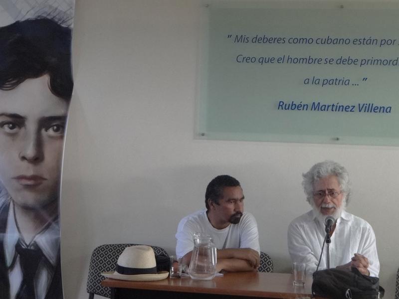 """Toledo impartió la conferencia """"Símbolos en la cultura y Cuba contemporánea""""."""