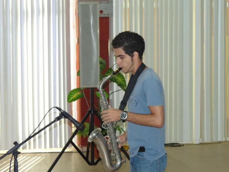 El momento cultural estuvo a cargo del artista aficionado José Antonio Ávalos Vielza.
