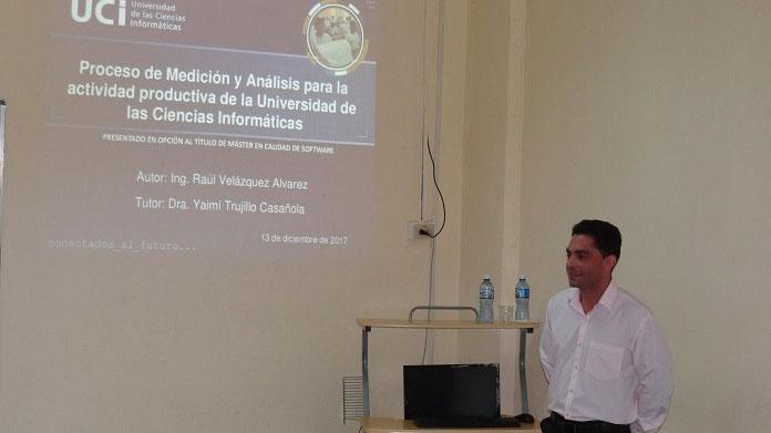 """Entre los tópicos de discusión estuvo también la investigación titulada: """"Proceso de Medición y Análisis para la actividad productiva de la UCI"""", realizada por Raúl Velázquez Álvarez."""