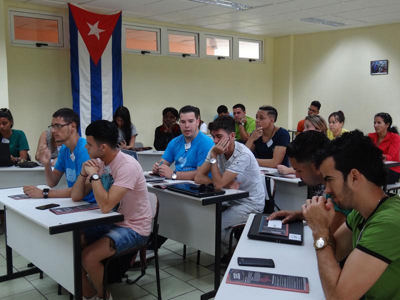 El congreso de la brigada 201 fue realizado en su aula, que es el espacio que ocupa la Cátedra Martiana de la Facultad 1.