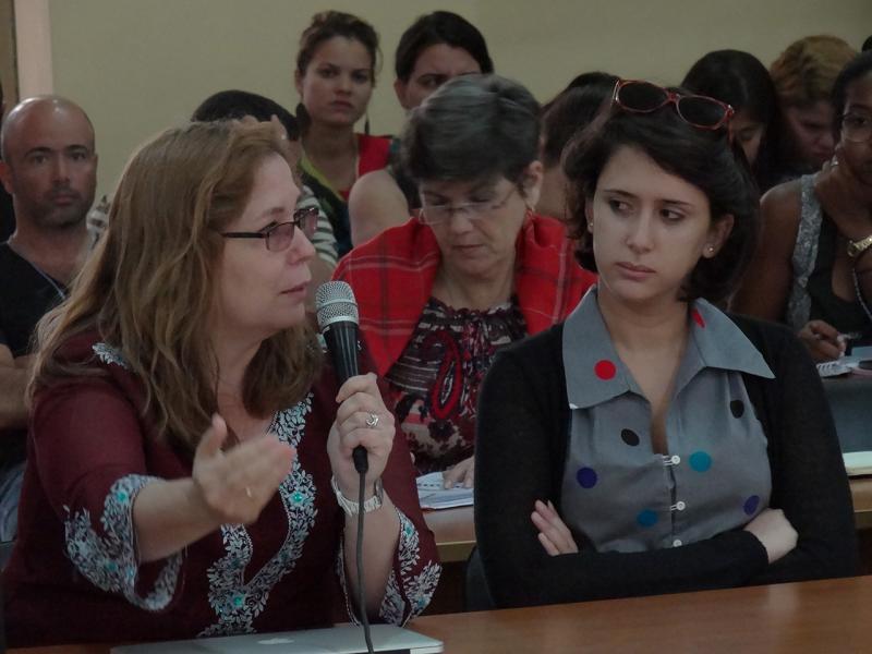 """Rosa Miriam Elizalde: """"La Jornada es una experiencia; la inteligencia en sentido colectivo, en armonía para poder avanzar""""."""