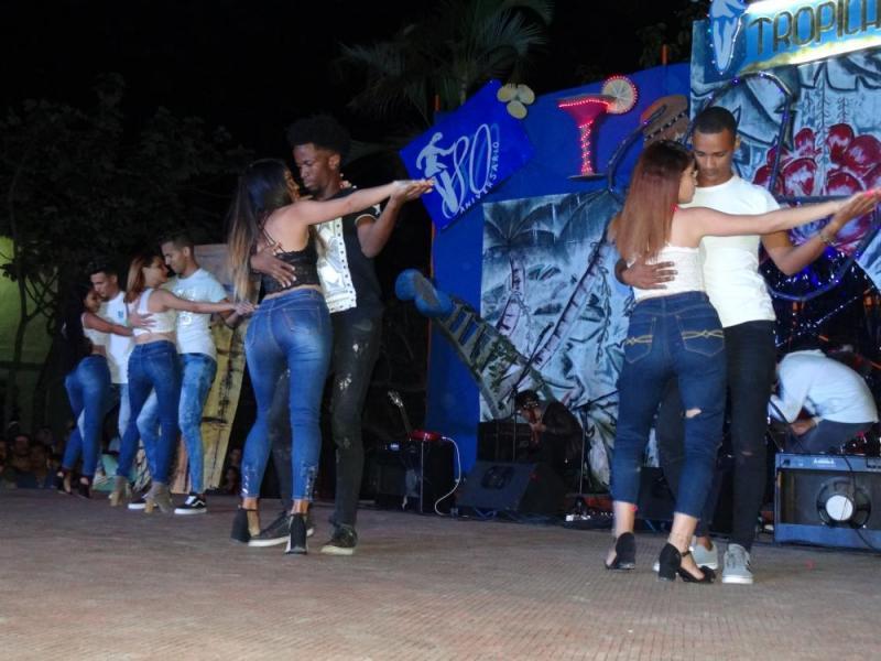 Festival de Artistas Aficionados de la Facultad 4.