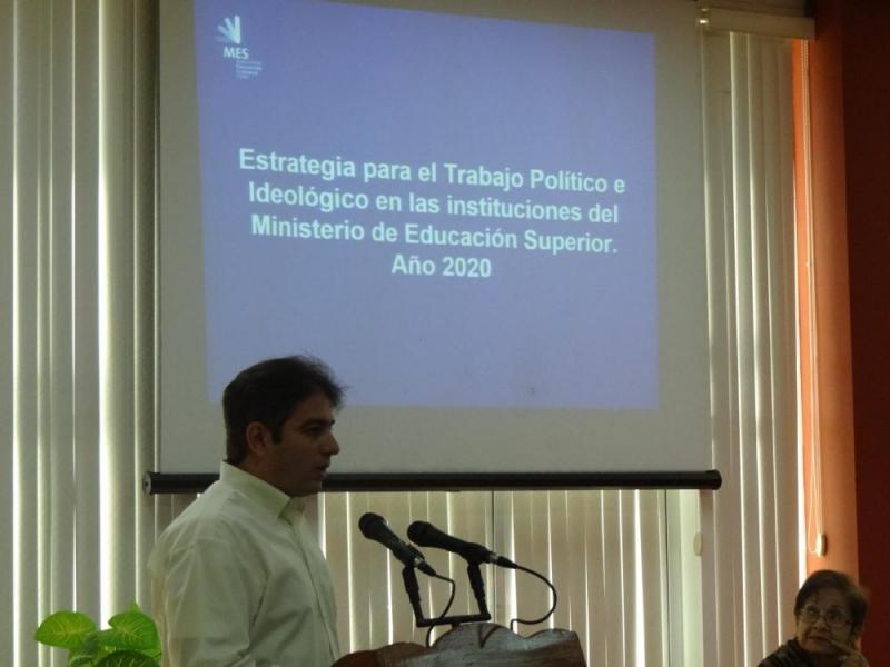 Dr.C. Abel González Santamaría, secreatario del Grupo Central del Trabajo Político-ideológico del MES y asesor de la Viceministra Primera para el Trabajo Político-ideológico en el organismo.