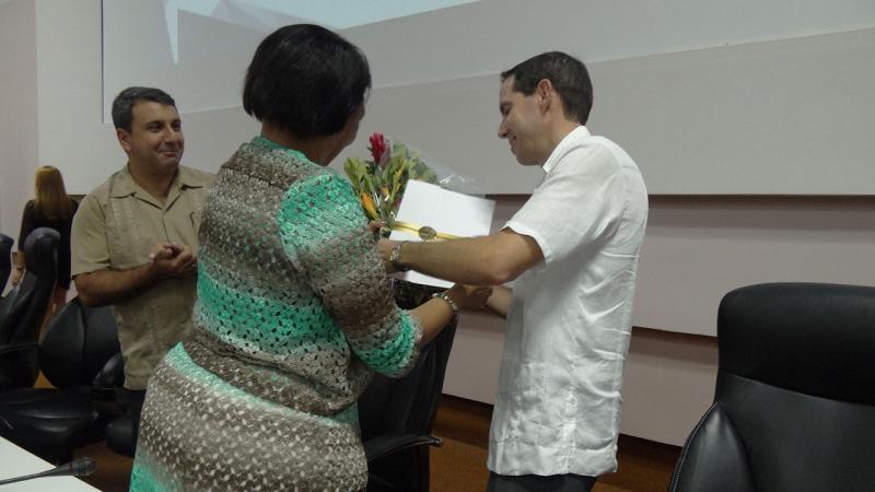 Fueron entregados los Premios del Rector, el reconocimiento a los nuevos másteres y doctores, así como nuevos títulos de categorías docentes.