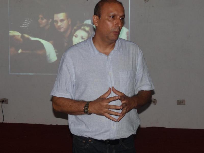 El viceministro de Comunicaciones, Ernesto Rodríguez Hernández, reconoció la labor desarrollada por los integrantes de los grupos de desarrollo de estas aplicaciones informáticas que se originan desde nuestra casa de altos estudios.