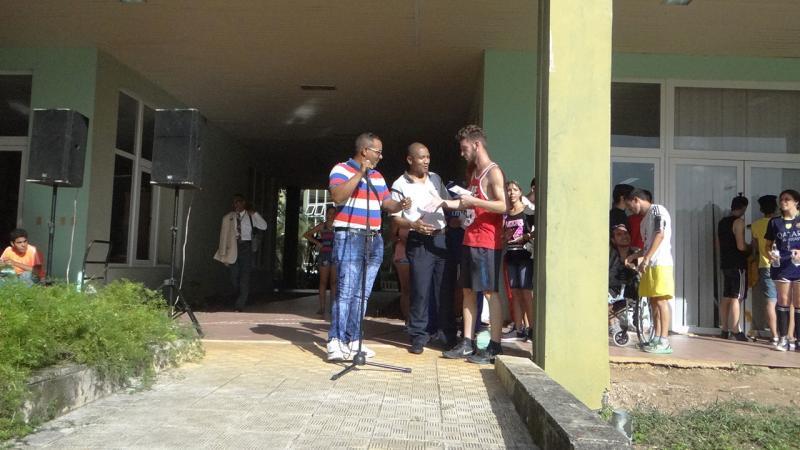 Premiación de los ganadores en la Maratón de Uciencia.