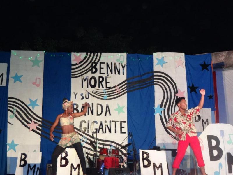 "El dúo Yorokanaworld bailó la pieza musical ""Afro Matimba""."