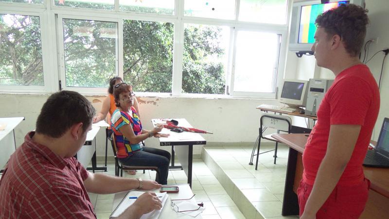 Profesores de experiencia sugieren cómo dar una mejor clase.