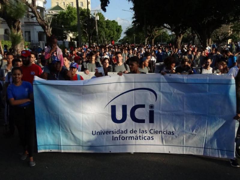 La comunidad universitaria repudió en la Plaza de la Revolución la implementación del Título III de la Ley Helms-Burton.
