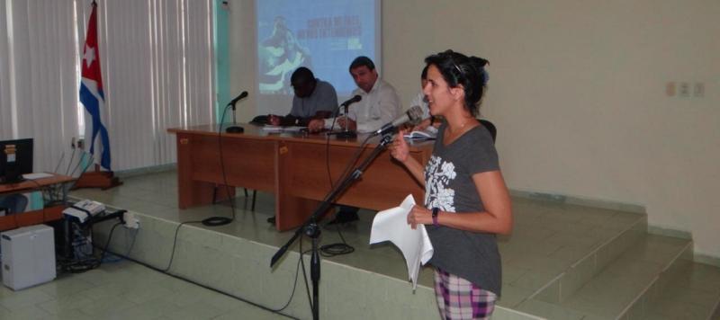 La Dra.C. Roxana Cañizares González les dio a conocer a los que comienzan su vida laboral en la institución todas las posibilidades de superación profesional.