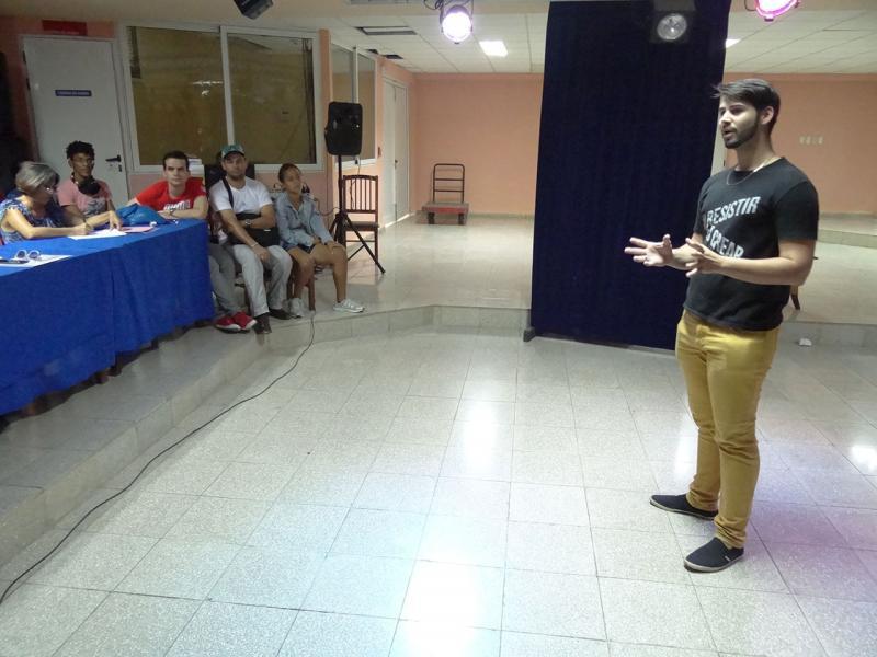 Narración oral El hombre perfecto-Facultad 2