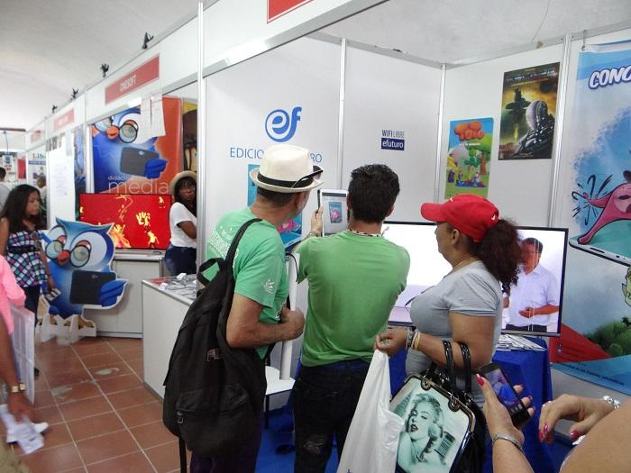 Stand de la UCI en la Feria Internacional del Libro de La Habana.