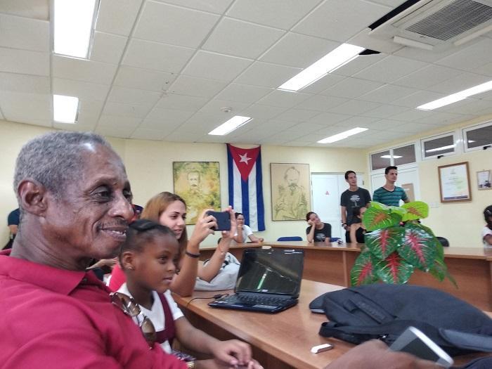 Roberto Millet elogió el cariño y el respeto con que los profesores dieron las clases.