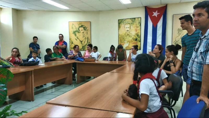 El Salón Patria del docente José Martí sirvió de escenario.