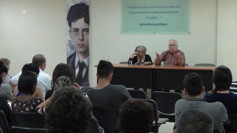 Conversatario sobre la vida, obra y asesinatos de Mella y el Che